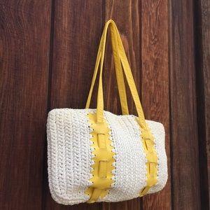 Handbags - Vintage 1970s Yellow and White Raffia Bag 🌞